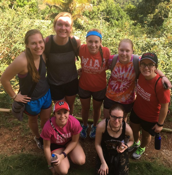 Ripon students traveled to Jamaica to help children in schools.