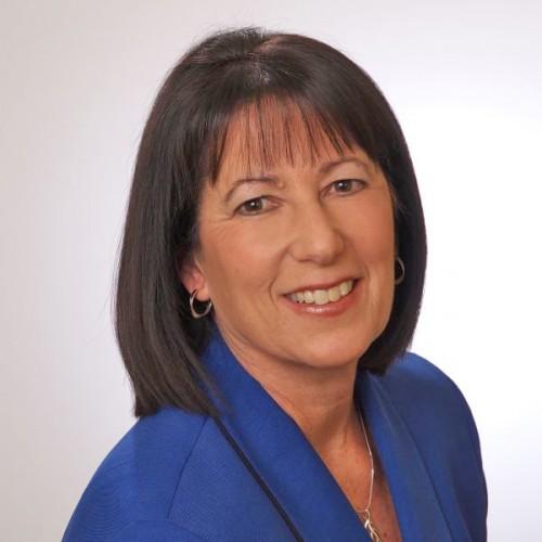 Linda Sasser, Class of 1975