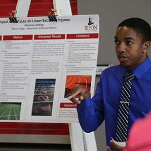 Adrianne Anding presents his senior research poster